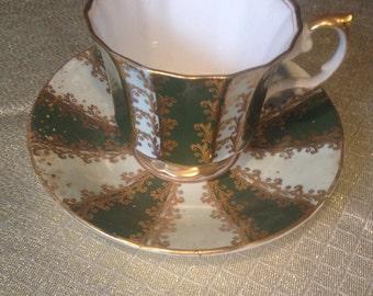 Vintage Elizabethan tea cup and saucer