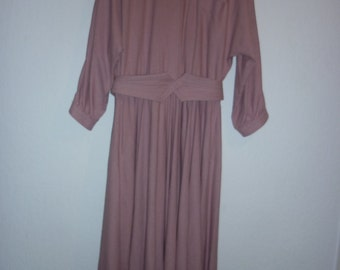 Silk Grecian goddess dress   Naturelle George Georgiou   1970s heavy silk dress with full skirt and 3/4 sleeves   muted pink    size M / L