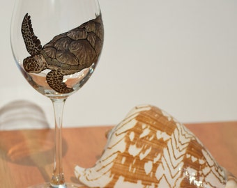 Sea Turtle Wine Glass