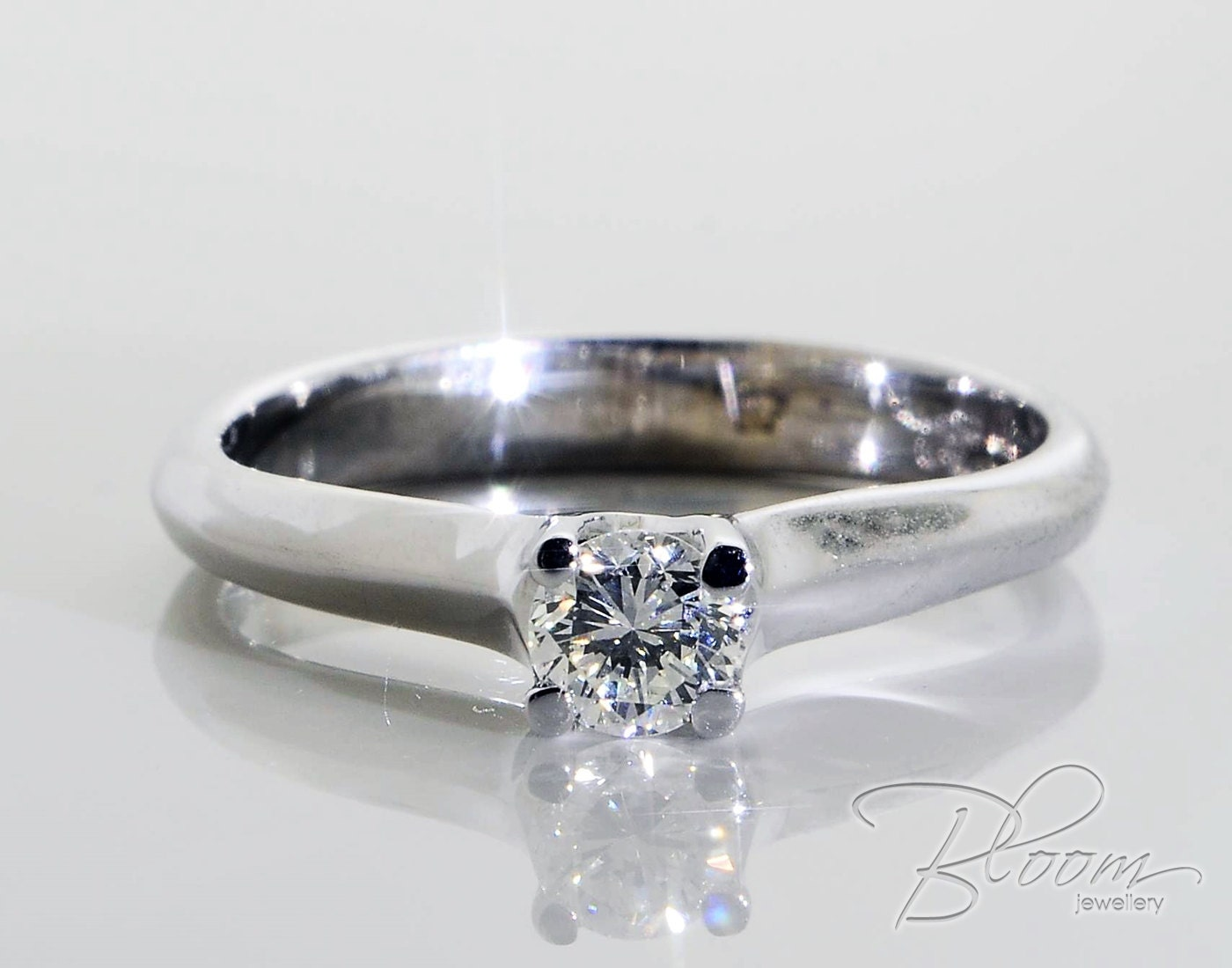 classic engagement ring 18k white gold real 25 points