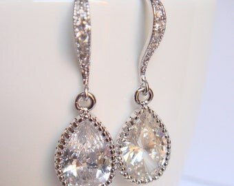 Crystal and silver bridal earrings II - Wedding earrings - Bridesmaids earrings gift - Cubic crystal drop earrings