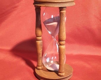 Hourglass or Ruiniforme. Sand clock. Time of your choice. 18 cm height. Brake disc diameter 9 cm.