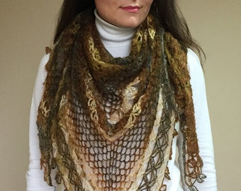 Crochet Women Shawl / Beautiful Wrap / Warm Shawl S001