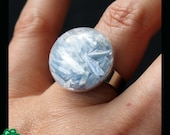 Hollow glass dome ring: kyanite