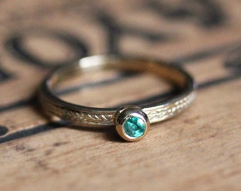 Gold emerald ring, emerald stacking ring, May birthstone ring, emerald ring yellow gold, braided gold ring, recycled gold ring, wheat size 7