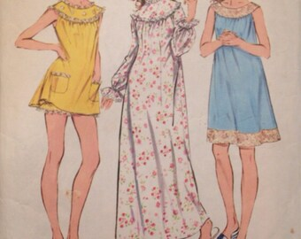 1970's Nightgown Pattern , Baby Doll with bloomers and Long gown style - Vintage Simplicity 5030