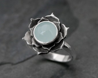 Aquamarine Lotus Ring, Sterling Silver Statement Ring, Lotus Flower Seafoam Aqua Cabochon Cocktail Ring Gemstone March Birthstone Aquamarine