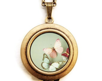 Today Would Be A Lovely Day To Be A Butterfly - Romantic Photo Locket Necklace