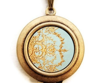 Folie - Paris Versailles Photo Locket Necklace