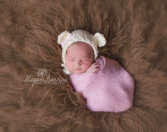 Knit newborn baby bear cub bonnet photography prop