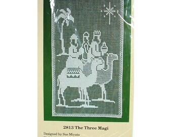 Vintage Christmas Lace Net Darning Kit - The Three Magi Wall Hanging - The Creative Circle 2813