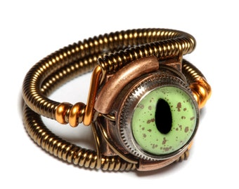 Steampunk Jewelry - RING - Alligator Green taxidermy glass eye
