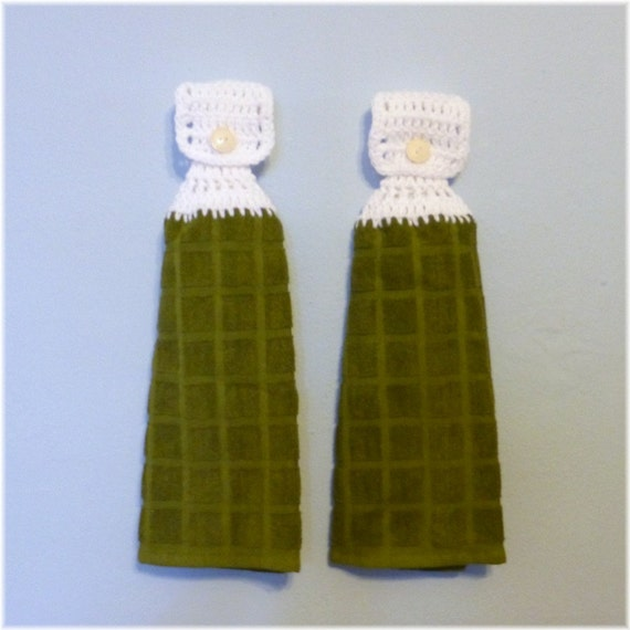 Hanging Kitchen Towels White and Olive Green