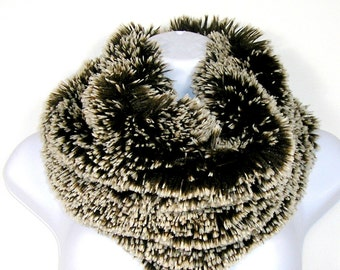 Brown and White Faux Fur Cowl Brown and White Faux Fur Infinity Scarf Chunky Scarves Fur Scarves Fur Cowl Brown Faux Fur Scarf Brown Fur