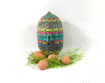 1940s Big Easter Egg Woven Basket, Perfect for Spring Centerpiece