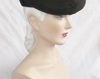 1940s Vintage Brown Felt Tilt Hat New York Creation Size 22