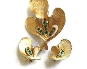 Vintage JJ Jonette Jewelry Emerald Green Rhinestones Leaf Brooch and Earrings Demi Parure Set