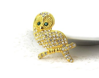 Gold Owl sitting on a branch Brooch / Pin