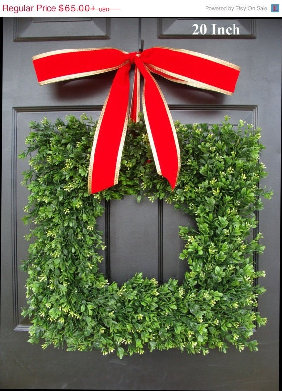 """Square Artificial Boxwood Holiday Wreath Christmas Wreath- Christmas Decor- Christmas Decoration- Evergreen Alternative, 14-24"""""""