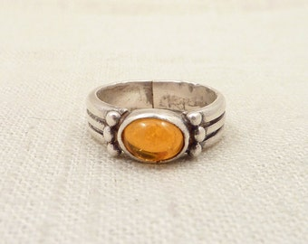 SALE ---- Size 7.5 Vintage Sunrise Orange Glass Sterling Ring