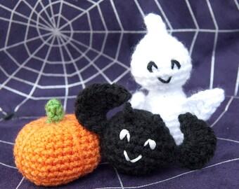 PDF Crochet Pattern Set - No-Sew Halloween Ghost, Bat, Pumpkin