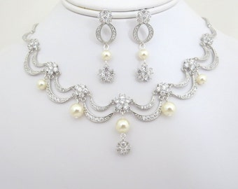 Bridal necklace, Wedding necklace set, Bridal jewelry set, Necklace and earrings set, Vintage style, Wedding jewelry, Victorian inspired