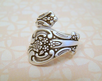 Super Cute Gift Box! Antiqued Silver Spoon Ring, Adjustable Ring, Thumb Ring, Spoon Ring