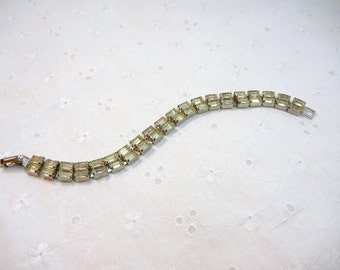 Weiss Rhinestone Bracelet / Signed Weiss / Pale yellow and clear stones / Vintage Weiss / gift / wedding jewelry / Mother of the Bride