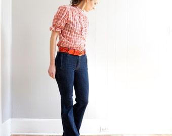 vintage 70s boho SOUTHWESTERN red PLAID puff sleeve ruffle bib blouse M