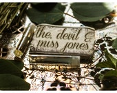 the devil and miss jones - natural perfume oil mini sampler - 2 vials o joy - primary notes: lychee, bergamot and blue tansy