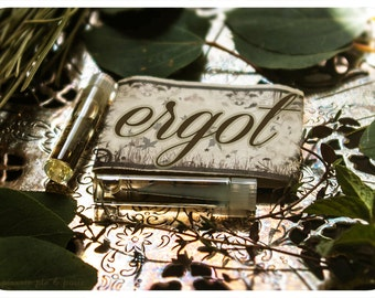 ergot - natural perfume oil sampler twin pack - primary notes: kiwi, coriander, sage and vetivert
