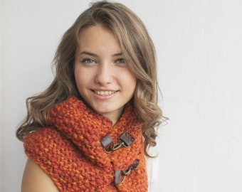 Handmade Terra-Cotta Wool Chunky Loop Cowl Collar with leather link Scarf Christmas gift