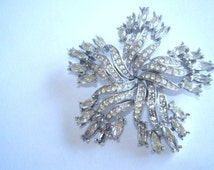 Crown Trifari Clear Rhinestone Star  Brooch Silver Tone