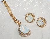 White Swarovski Jewelry Set Opal Bridal Jewelry Set White Opal Jewelry Rhinestone Necklace Earrings Opal Statement Wedding Jewelry Set