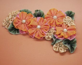 Rosy Pink to Golden Yellow Variegated Flower Cluster Applique