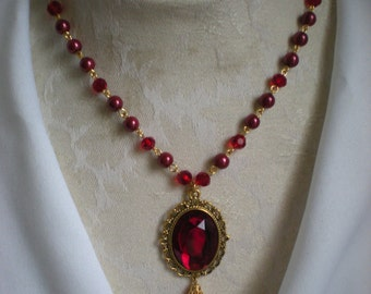 Princess Pearls & Gem Necklace Ruby Red and Gold Vers.