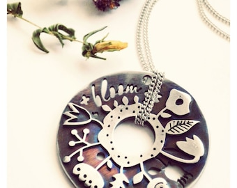 Stainless steel blooming necklace