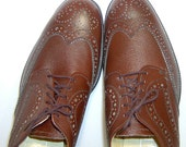 Eatons Birkdale chestnut brown leather brogues shoes - men 10D - perforated wingtips wing tips - Biltrite - new - made in Canada - longwing