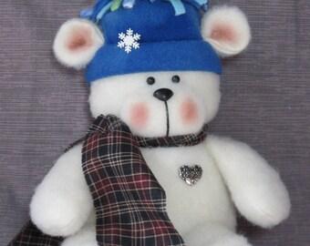 "Polar Bear pattern:  ""Tuckered Polar Bear"" - #652"