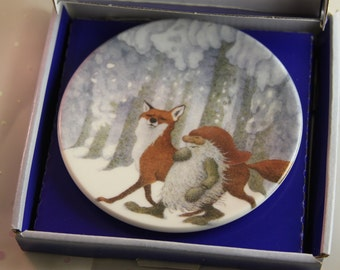 Sale ARABIA Lennart Helje Fox and Gnome in original box Small decor plate Rare find Tonyyu and Kettu Walking together in white winter forest