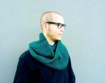 Cowl Scarf, Forest Green Infinity Scarf, Hand Knitted Loop Cowl, Warm Mens Cowl, Dark Green Womens Circle Scarf, Winter Fashion Gift for Him