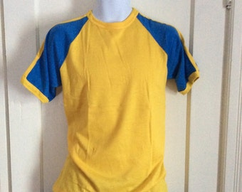 Vintage 1970's Deadstock Baseball Striped Sleeves T-shirt size Large Yellow Blue NOS
