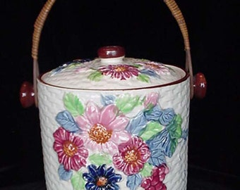 Large Porcelain with Flowers Cookie Jar Wicker Handle Made in Japan Home and Garden Kitchen and Dining Food Storage Cookie Jars