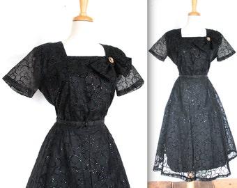 Vintage 1950's Dress // 50s Black Taffeta and Flocked Velvet Glitter Cocktail Party Dress // Rockabilly // DIVINE