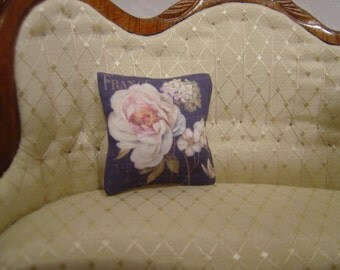 Dollhouse miniature floral throw pillow French Country 1:12 Scale