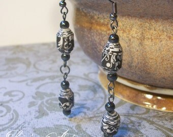 Long black and white Earrings - Paper Bead Earrings - Handrolled - dark silver, ex long  - Eco Friendly and lightweight - FREE SHIPPING