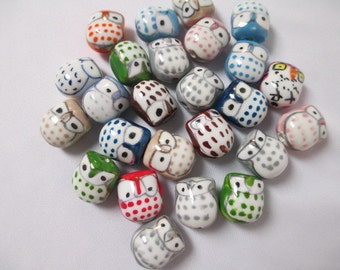 OWL BEADS PORCELAIN -  lot of 25 , 17mm Halloween