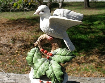 RARE  Eda Mann Porcelain  Christmas Dove Music Box That Plays the theme from LOVE STORY Circa 1970