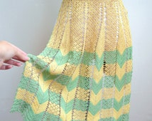 1930s Crocheted apron in sage green & sunny yellow / Art Deco style