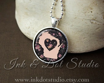 Floral Wisconsin State Necklace, Wisconsin Love Pendant, Pink Wisconsin State Pendant, Wisconsin Gift, WI State